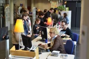 Bibliothèque Pompidou à Châlons-en-Champagne. La banque de prêts. Photo Christophe Manquillet - Ville de Châlons-en-Champagne