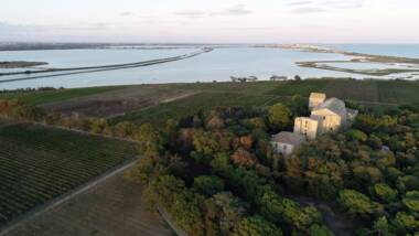Vue aérienne de Maguelone par Drone ® Vincent LAURAS, GlobDrone, DRAC Occitanie
