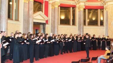 Le Choeur philharmonique de Strasbourg sous la direction de Catherine BOLZINGER. Crédits photos : J. Boring