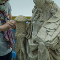 Marie-Madeleine en cours de restauration par Julie André-Madjelessi
