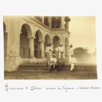 REVOIL Georges, Environs d'Aden. Avant le déjeuner à Scheick Otman, photographie, 1880, Charleville-Mézières, musée Arthur Rimbaud (c) musée Arthur Rimbaud, Ville de Charleville-Mézières