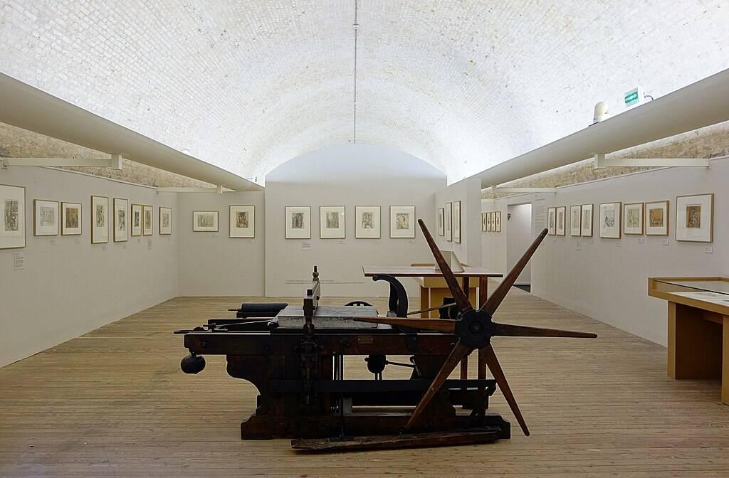 Gravelines, musée de l'estampe / Velvet, Source : Wikimedia Commons