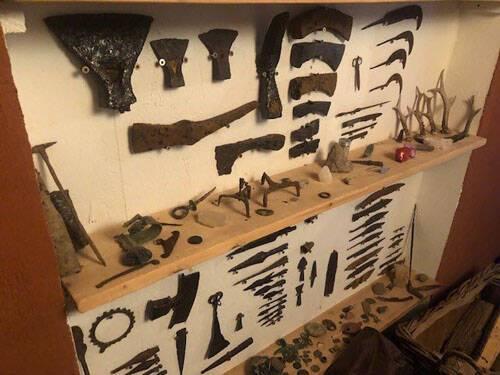 Saisie d'objets archéologiques par la gendarmerie de Pont de Beauvoisin
