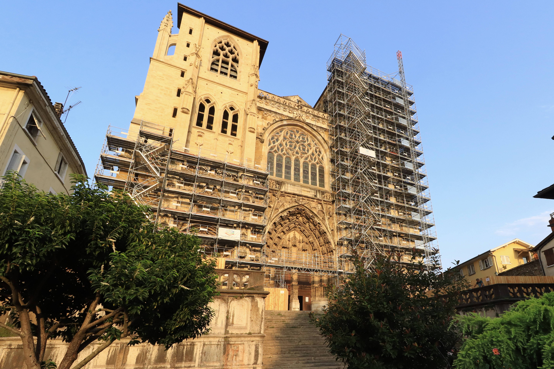 Façade de l'église Saint-Maurice (Vienne) échafaudage 2021