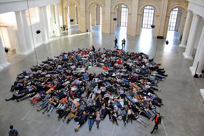 Lille, Palais des beaux-arts, Flash Mob Air / Photo J.M. Dautel, Source : Wikimedia Commons