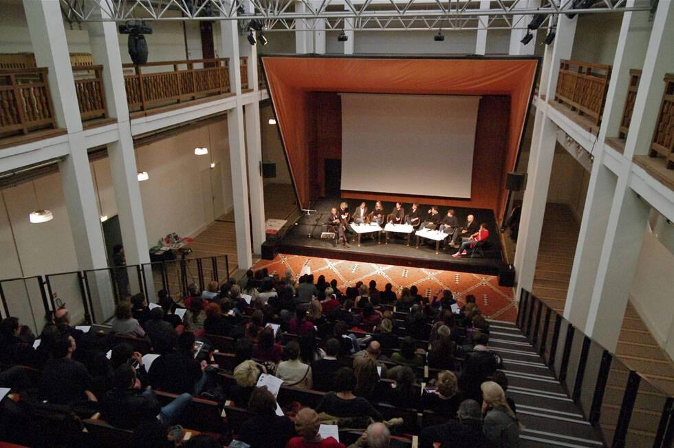 Journée d'étude dans l'auditorium de la cité nationale de l'histoire de l'immigration / cliché mis à disposition par l'institution