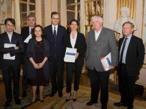 Bruno Patino, Dominique Antoine, Françoise Benhamou, Roch-Olivier Maistre, Aurélie Filippetti, Michel Françaix et Patrick Eveno