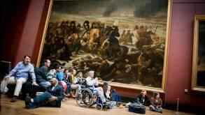 Visite du musée du Louvre pour des personnes handicapées