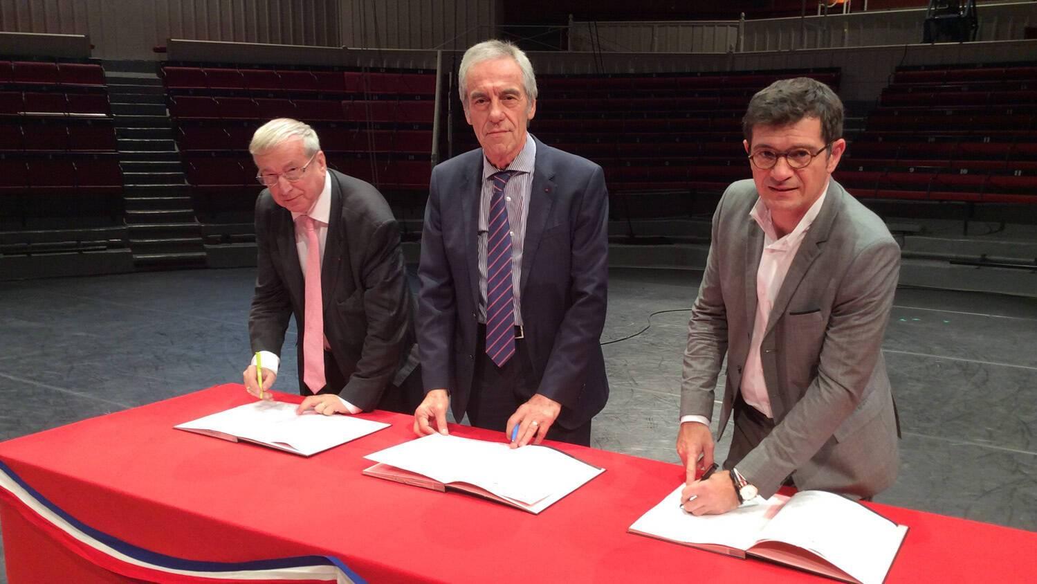 Bruno Bourg-Broc, Jean-François Savy et Benoist Apparu
