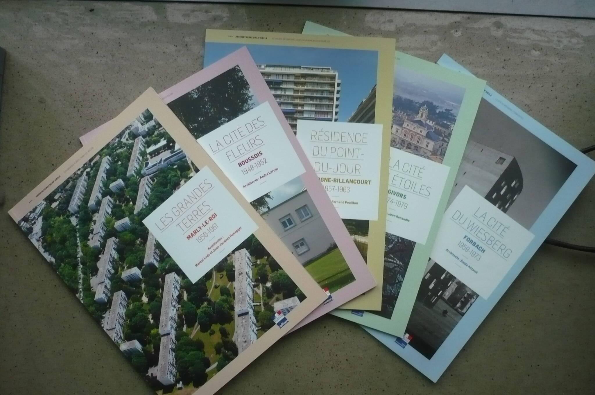 couvertures des cinq monographies
