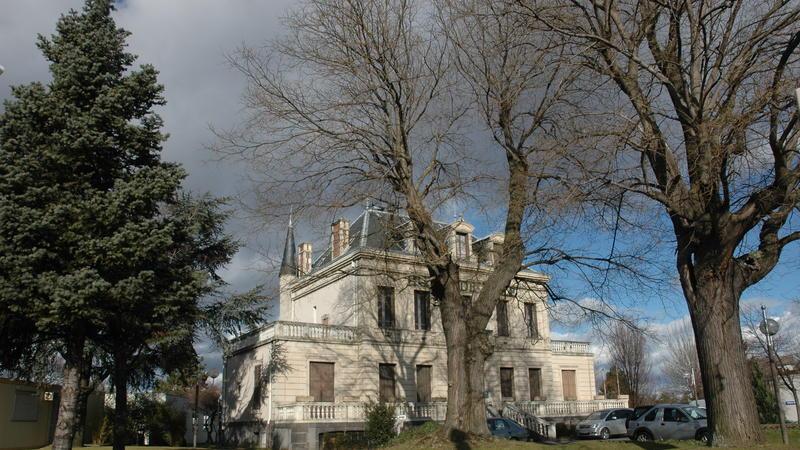 Beaumont le site de l'Hotel de ville