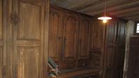 Meuble de sacristie restauré en 2011: vue avant incendie