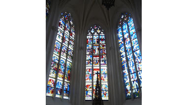Eglise Saint-Ferréol de Villeret (Aube) – Vitraux du chœur