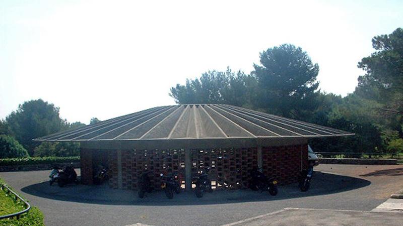 CER IBM - La Gaude, garage des deux-roues