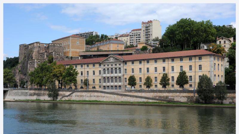DRAC Rhône-Alpes façade rive de Saône
