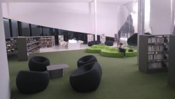 Thionville - Puzzle - médiathèque