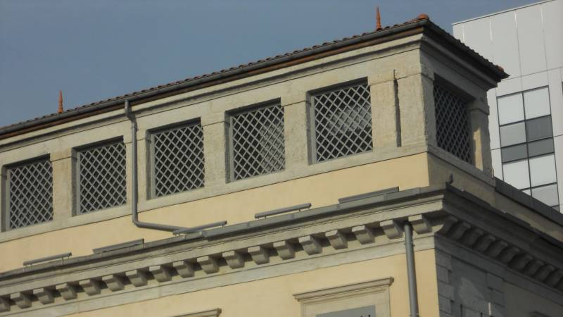 Lyon reconversion ancienne prison Saint-Joseph pavillon d'entrée détail