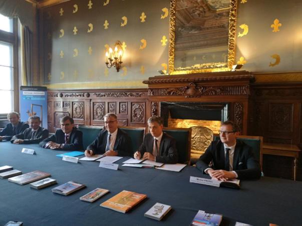 Signature de la convention coopération culturelle entre l'Etat et le département de l'Isère