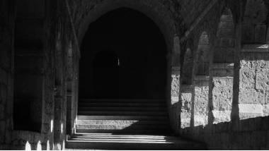 Cloître, abbaye cistercienne du Thoronet, 1951, photographie de Lucien Hervé