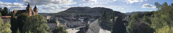 Saint-Dié. Vue des massifs du Kemberg et de la Madeleine