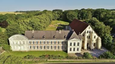 Vue aérienne de l'Abbaye de Vaucelles