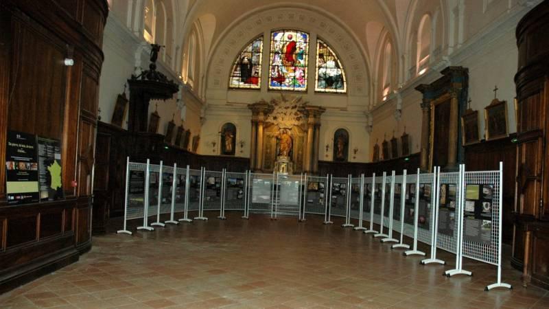 Exposition de l'Acir dans la chapelle de l'Hôtel-Dieu