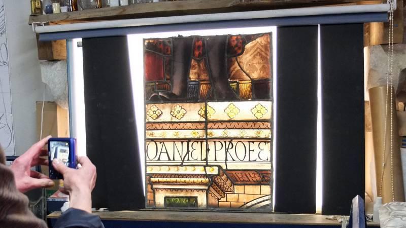 Les vitraux d'Arnaut de Moles dans l'atelier d'Anne Pinto