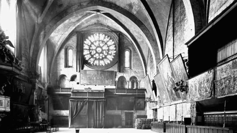Nef raymondine au début du XXe s.