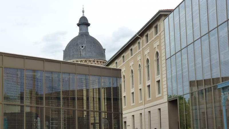 La Passerelle, vue d'ensemble à Trévoux (Ain)
