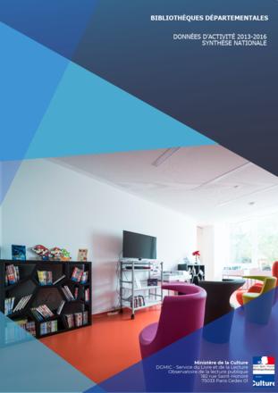 Couverture de la synthèse 2013-2016 sur l'activité des bibliothèques départementales, représentant l'espace jeu vidéo de la médiathèque de la vallée de Villé