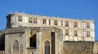 Vue du Château de Grignan de l'extérieur
