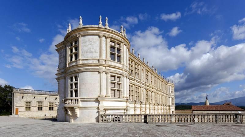 Vue extérieure du Château de Grignan